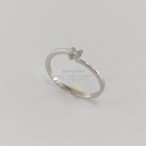 Anillo Compromiso Oro Blanco y Diamante 4 Garras