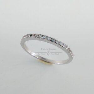 Anillo Compromiso Oro Blanco y Carril de Diamantes